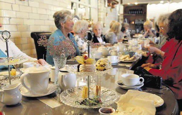 Edenshine Restaurant - Afternoon Tea with the Ladies (600x)