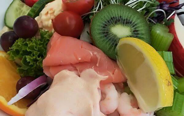 Edenshine Restaurant - Prawn Salad (600x)