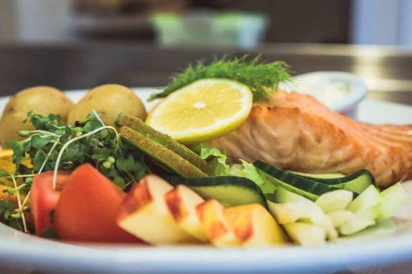 Edenshine Restaurant - Salmon Salad